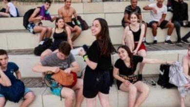 Photo of इजरायल में लोगों को एक साल बाद मास्क लगाने के प्रतिबन्ध से मिली मुक्ति