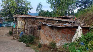 Photo of अमरपुर के मुख्य मार्ग में पुनः अतिक्रमण, अवैध कटाई पर नहीं रोक