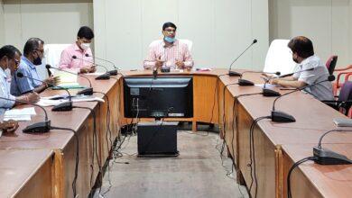 Photo of कलेक्टर श्री रत्नाकर झा ने निर्माण कार्याें की समीक्षा बैठक ली