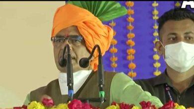 Photo of भ्रष्ट अधिकारियों कर्मचारियों को नौकरी करने लायक नहीं रहने देंगे: शिवराज सिंह चौहान